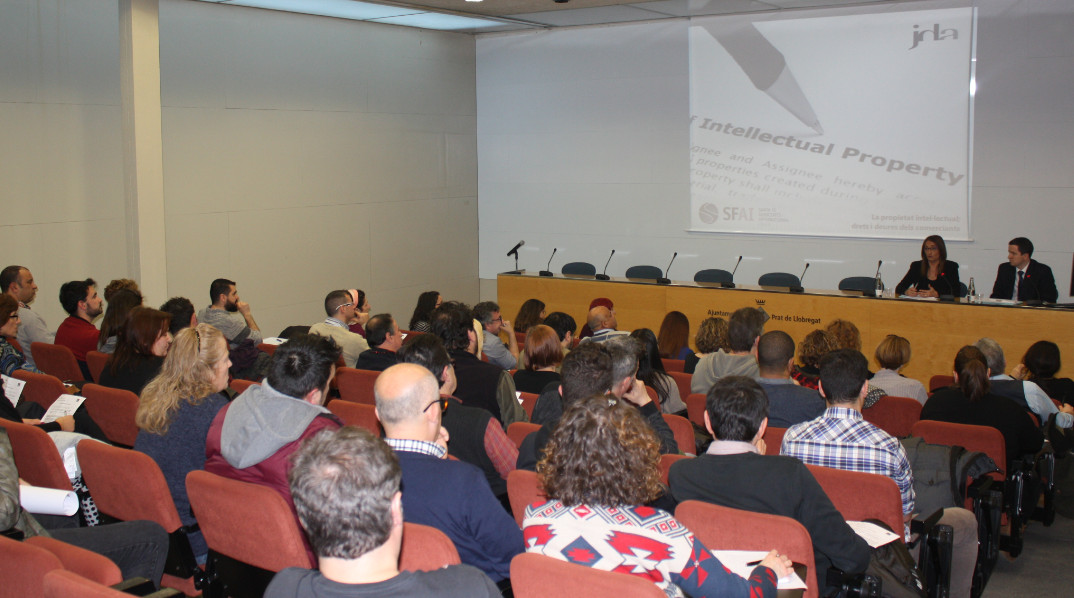Conferencia La propiedad intelectual: los derechos y obligaciones de los comerciantes frente a la SGAE
