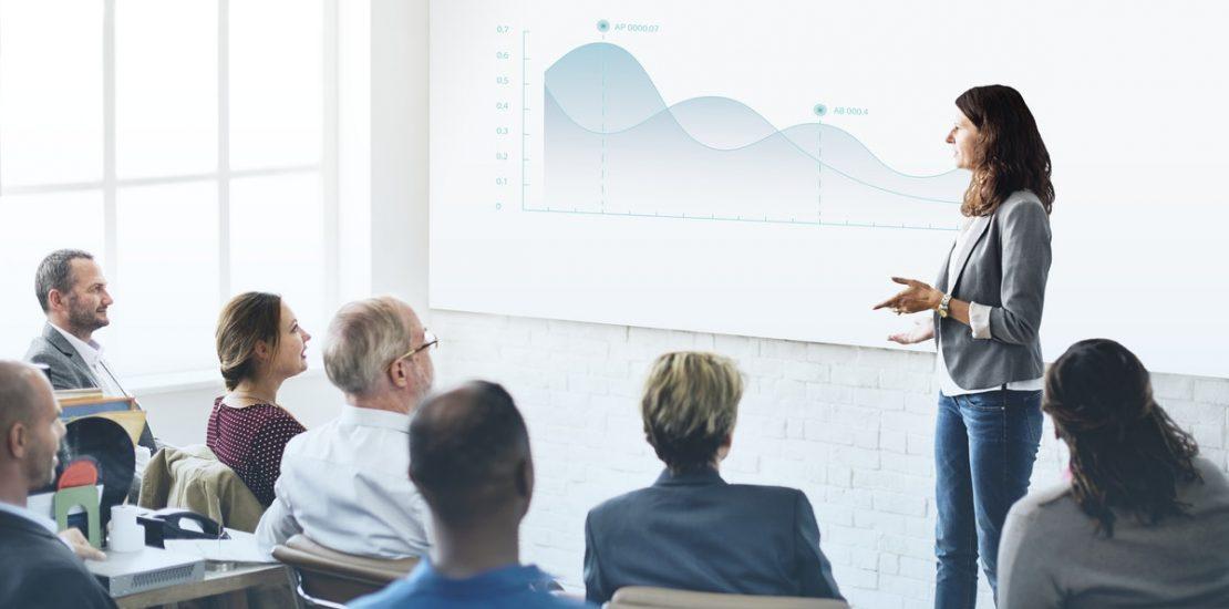Relación laboral entre un profesor y una academia de formación
